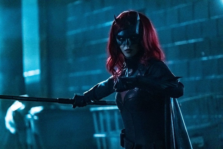 Promo images for Batwoman Season 1 Episode 8 – 'A Mad Tea-Party'