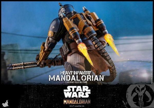 Hot-Toys-Heavy-Infantry-Mandalorian-figure-10-600x420