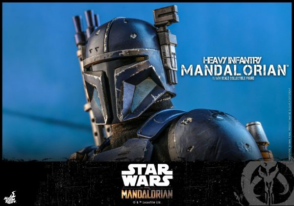 Hot-Toys-Heavy-Infantry-Mandalorian-figure-11-600x420