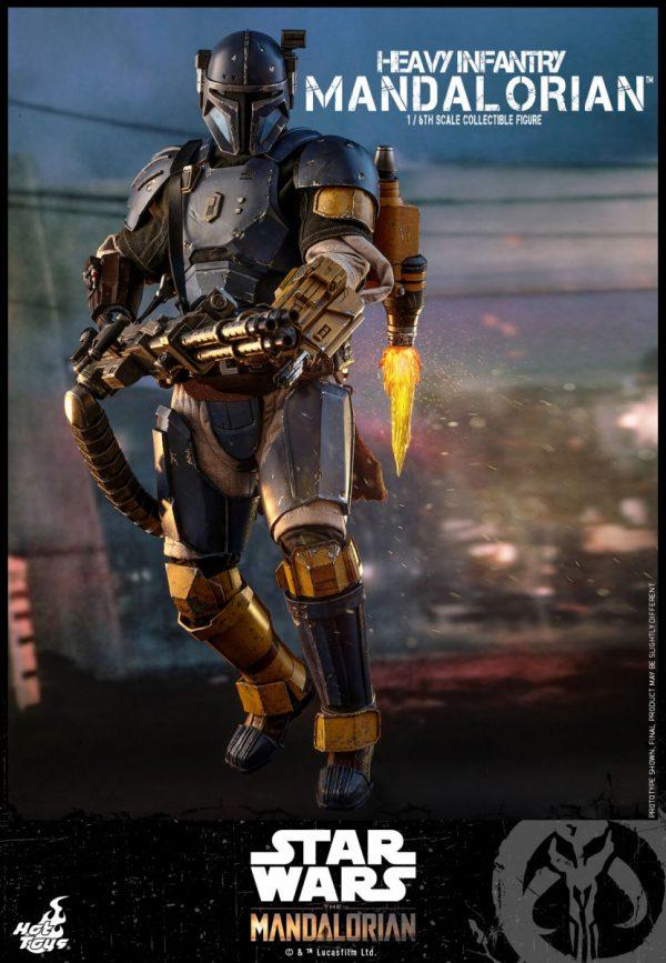Hot-Toys-Heavy-Infantry-Mandalorian-figure-2-600x867