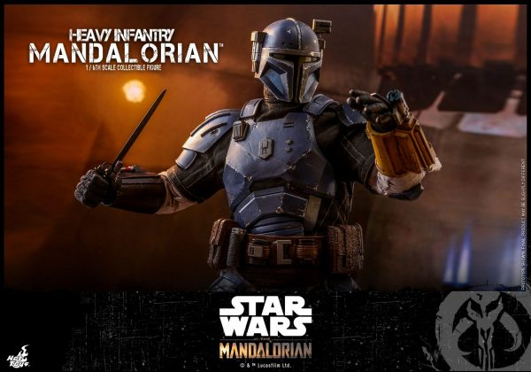 Hot-Toys-Heavy-Infantry-Mandalorian-figure-8-600x420