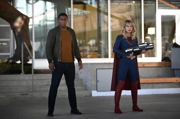Supergirl-508-4-600x399