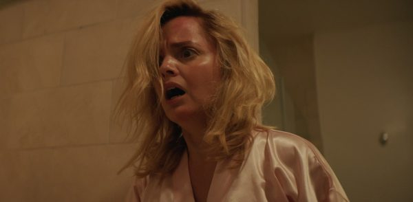 Mena Suvari stars in trailer for The Murder of Nicole Brown Simpson