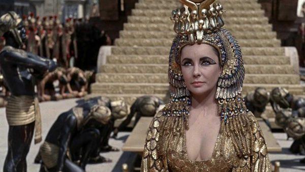 elizabeth-taylor-cleopatra-600x338