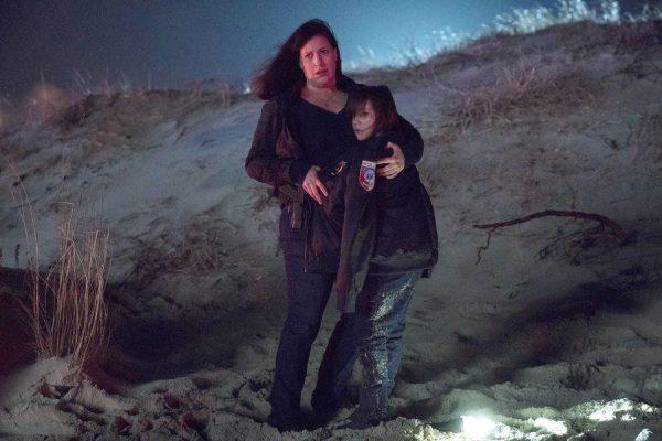 emergence-episode-101-pilot-promotional-photo-08_FULL-600x400