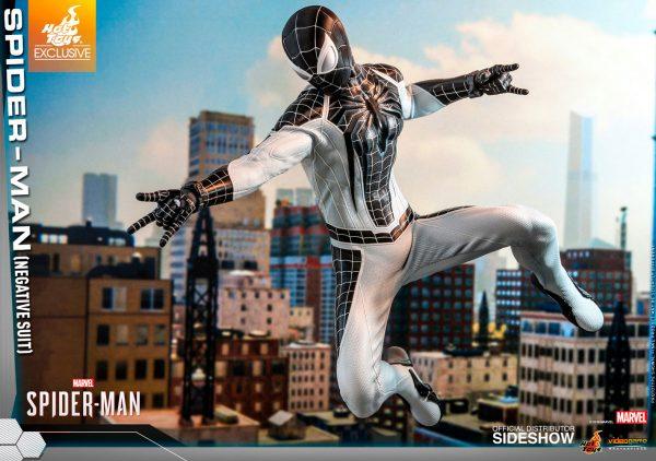 spider-man-negative-suit_marvel_gallery_5dbc746767d64-600x422