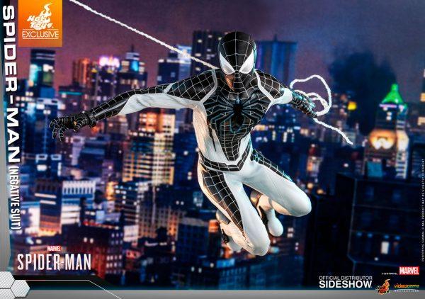 spider-man-negative-suit_marvel_gallery_5dbc7467b5d29-600x422