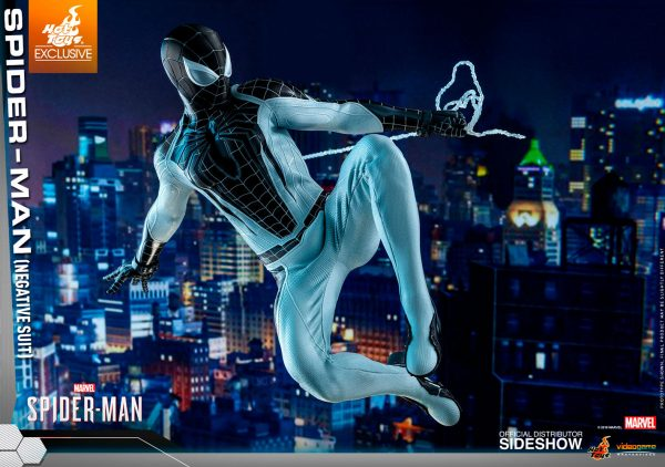 spider-man-negative-suit_marvel_gallery_5dbc74686246d-600x422