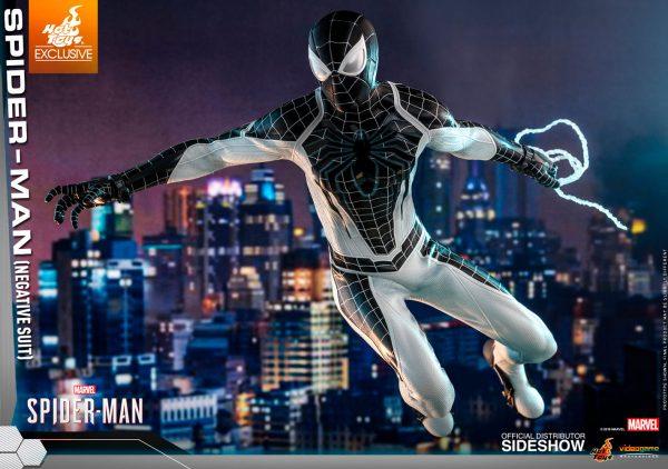 spider-man-negative-suit_marvel_gallery_5dbc746906d2c-600x422