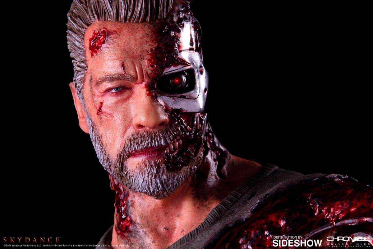 Arnold Schwarzenegger's Carl gets a 1:4 scale Terminator