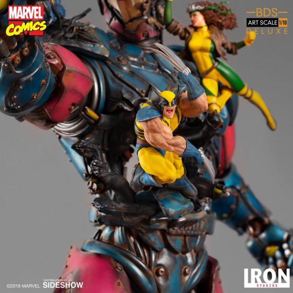 x-men-vs-sentinel-1-deluxe_marvel_gallery_5dc32dd63d0ba-600x600