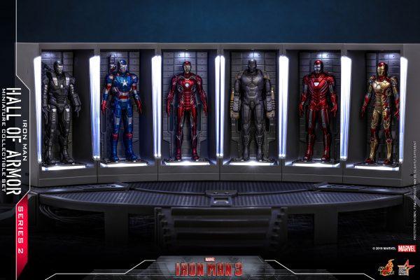 Hot-Toys-IM3-Iron-Man-Hall-of-Armor-Series-2-Miniature-Collectible-Set_PR1-600x400