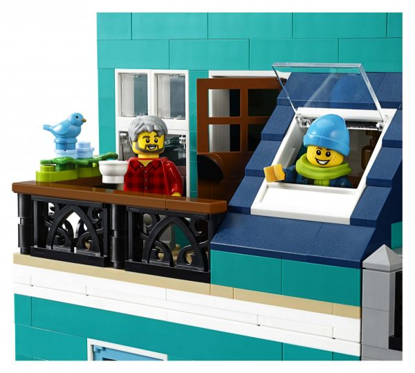 LEGO-Creator-Bookshop-10270-24-scaled-600x539