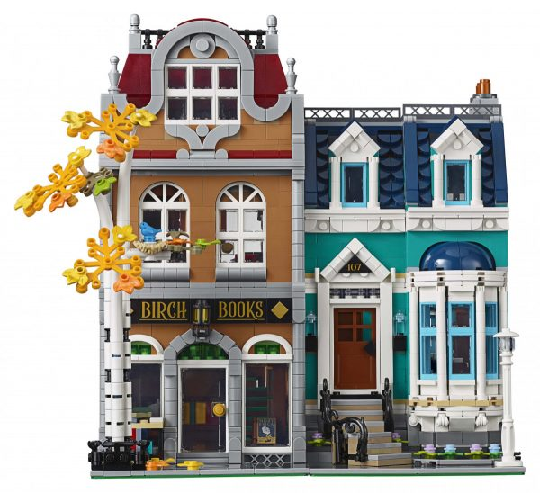 LEGO-Creator-Bookshop-10270-5-scaled-600x548