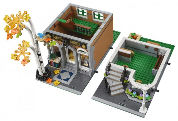 LEGO-Creator-Bookshop-10270-6-scaled-600x410