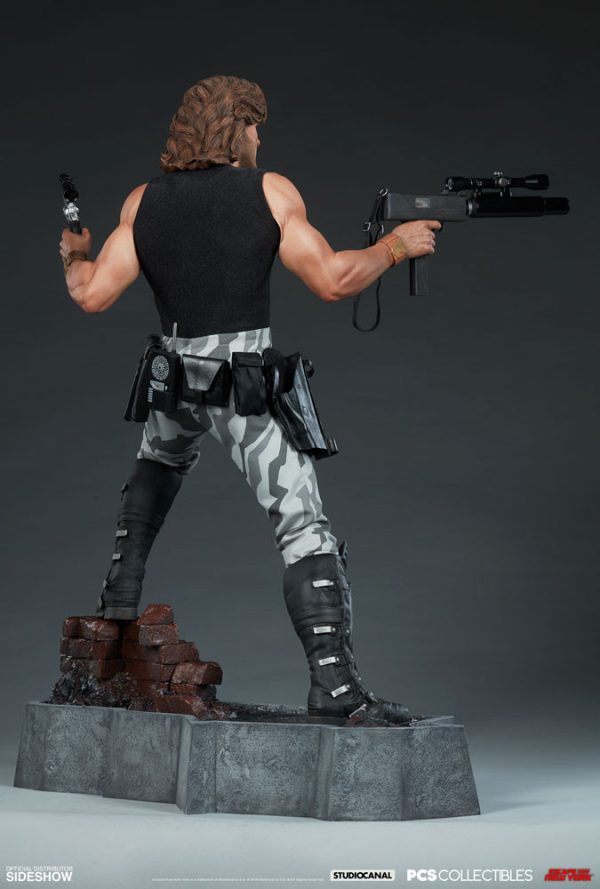 snake-plissken_escape-from-new-york_gallery_5df1421b157a9-600x889
