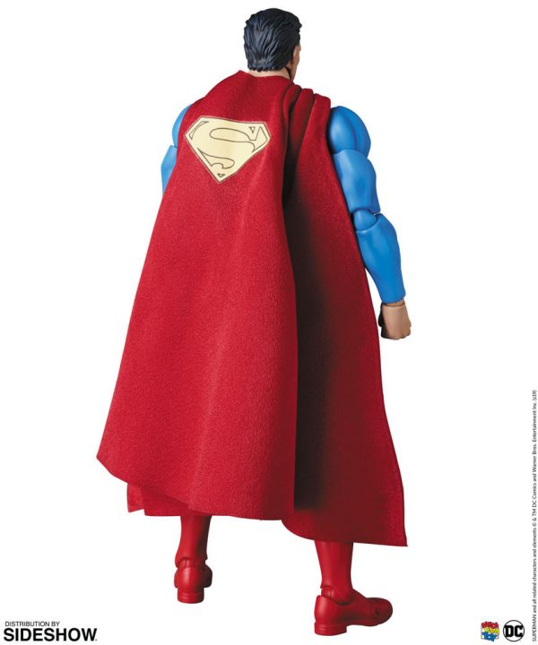 superman-hush_dc-comics_gallery_5de6fc0f87fa8-600x720