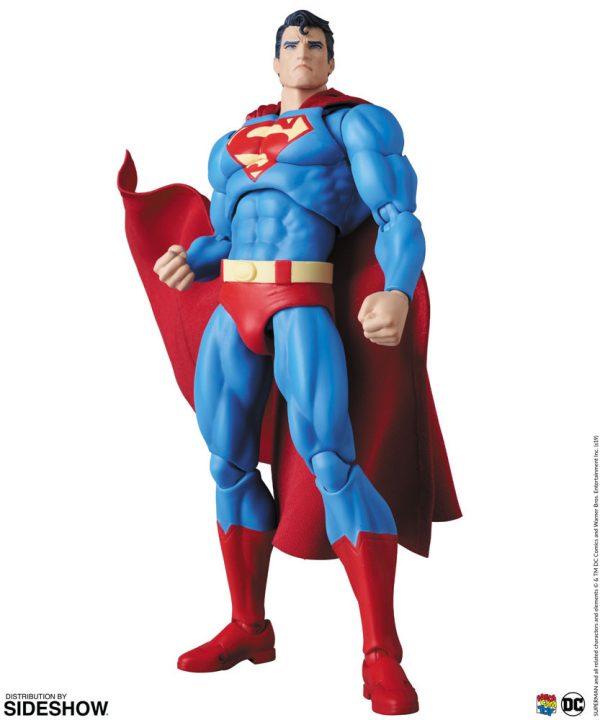 superman-hush_dc-comics_gallery_5de6fc11004c9-600x720