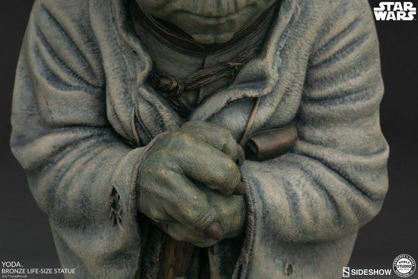 yoda-bronze_star-wars_gallery_5dddcde251a24-600x400