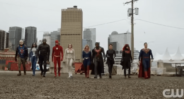 DCTV-Crisis-on-Infinite-Earths-Crossover-Final-Trailer-HD-0-42-screenshot-600x323