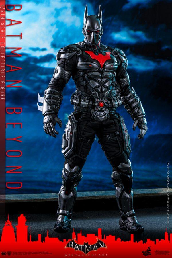 Hot-Toys-Batman-Arkham-Knight-Batman-Beyond-collectible-figure_PR1-600x900