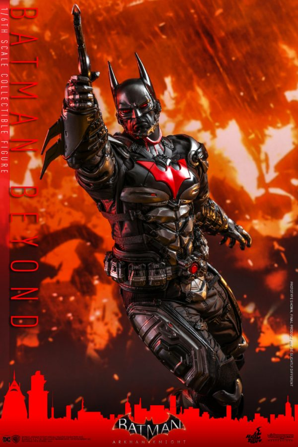 Hot-Toys-Batman-Arkham-Knight-Batman-Beyond-collectible-figure_PR12-600x900