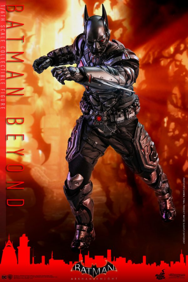 Hot-Toys-Batman-Arkham-Knight-Batman-Beyond-collectible-figure_PR13-600x900