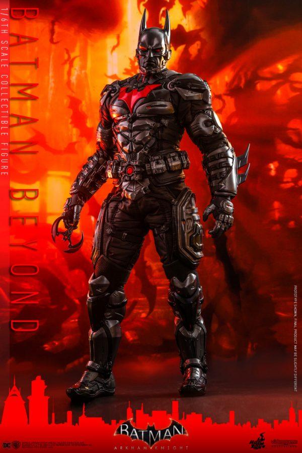 Hot-Toys-Batman-Arkham-Knight-Batman-Beyond-collectible-figure_PR8-600x900