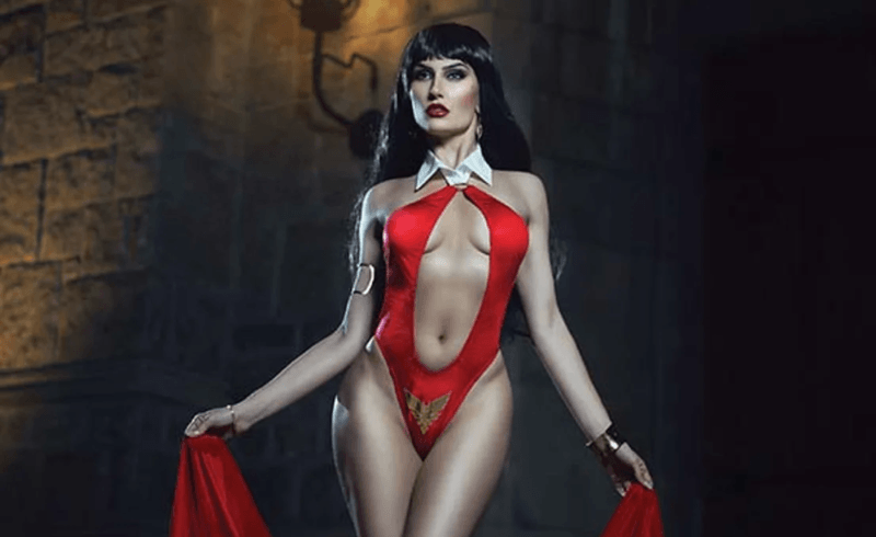 Vampirella: Seduction of the Innocent set for release this April
