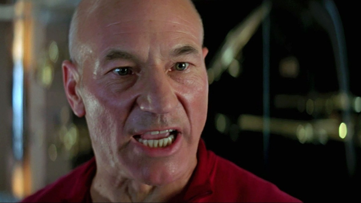 Star Trek - The Essential Picard: First Contact
