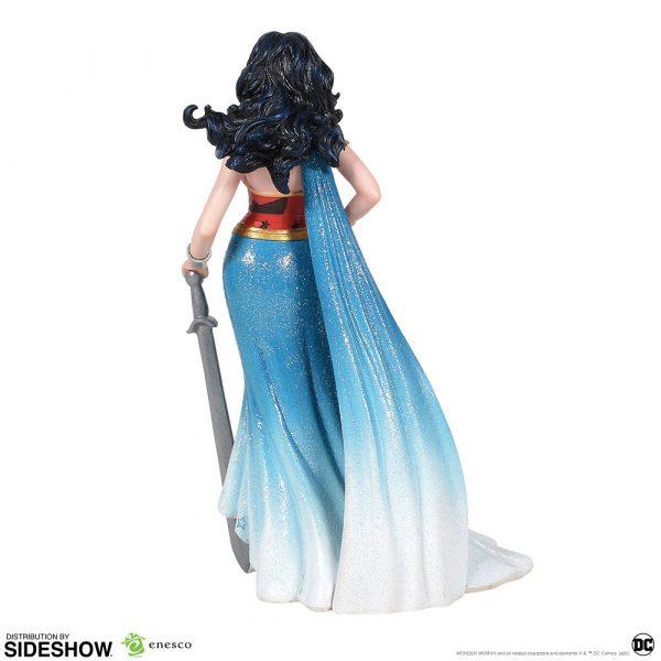 wonder-woman-couture-de-force_dc-comics_gallery_5e288f84afed6-600x600