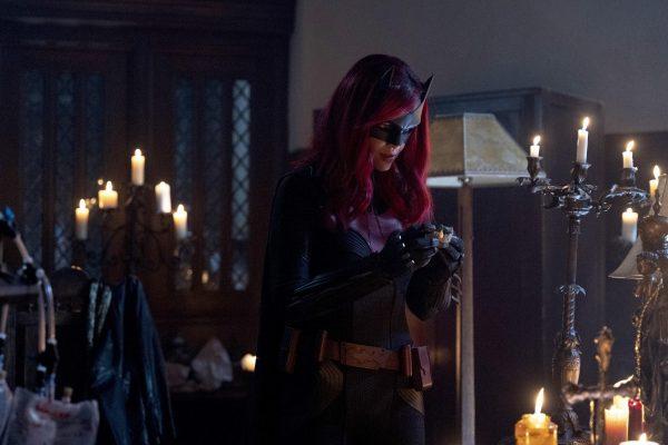 Batwoman-113-1-600x400