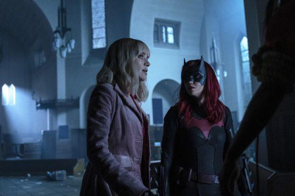 Batwoman-113-3-600x400
