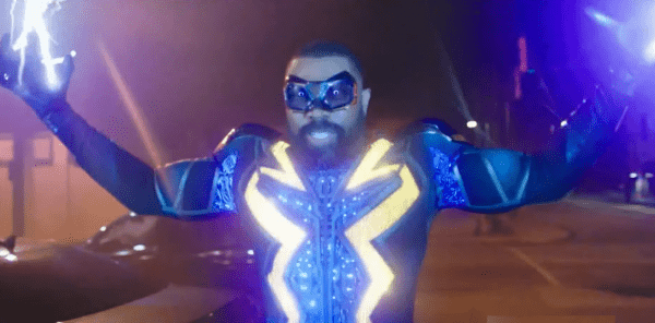 Black-Lightning-3x15-Promo-_The-Book-of-War_-Chapter-Two_-HD-Season-3-Episode-15-Promo-0-6-screenshot-600x296