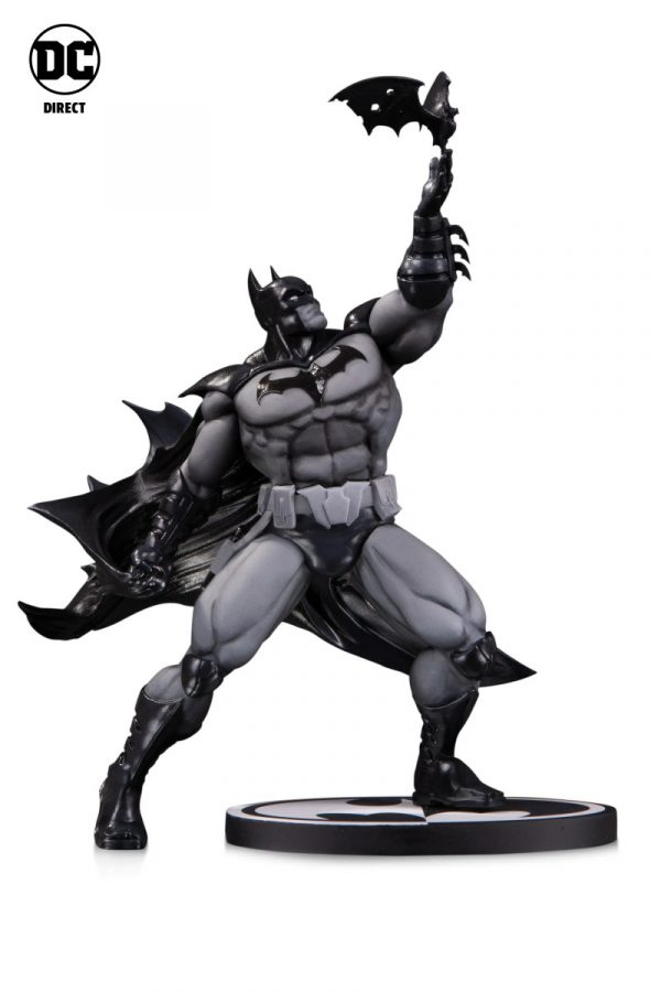 DC-Collectibles-NY-Toy-Fair-2020-1-600x900