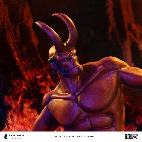 Hellboy-statue-7-600x600