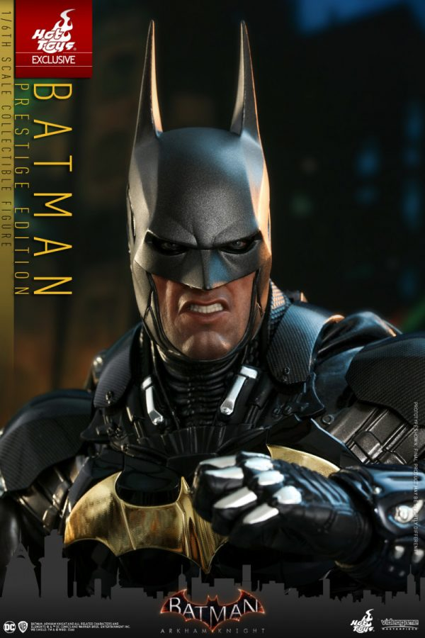 Hot-Toys-BAK-Batman-Prestige-Edition-collectible-figure_PR6-600x900