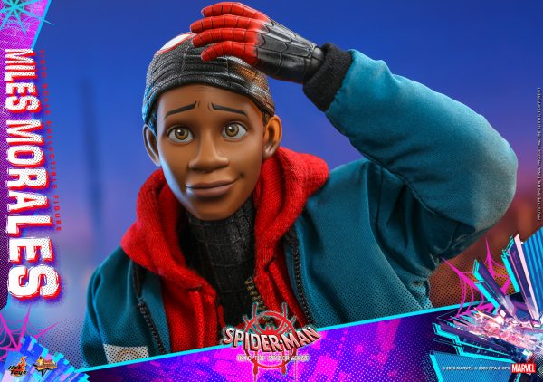 Hot-Toys-Spider-Man-into-the-Spider-Verse-Miles-Morales-collectible-figure_PR20-600x422