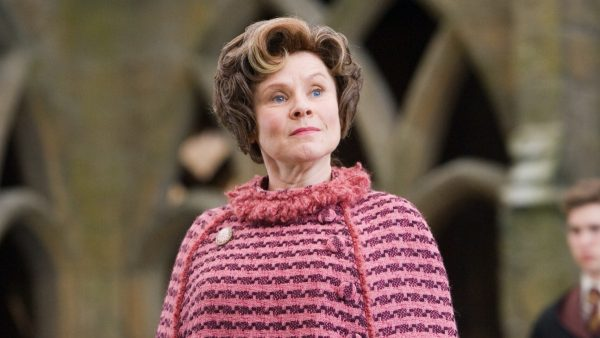 Imelda-Staunton-will-be-Queen-Elizabeth-II-on-the-final-season-of-the-crown-600x338