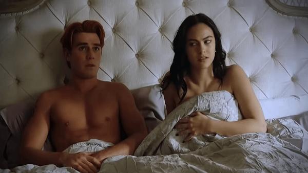 Riverdale-4x15-Promo-_To-Die-For_-HD-Season-4-Episode-15-Promo-0-6-screenshot-600x338
