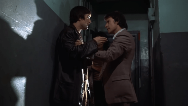 Robert-De-Niro-and-Harvey-Keitel-in-Mean-Streets-2-18-screenshot-600x338