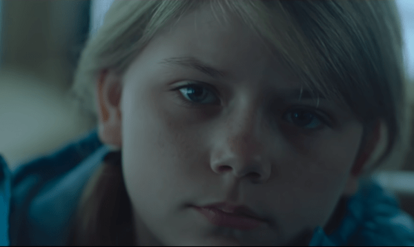 The-Lodge-Official-Trailer-2-In-Theaters-February-0-22-screenshot-600x358