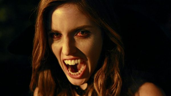 kayla-ewell-the-vampire-diaries-nocturna-batwoman-v3-426321-1280x720-1-600x338