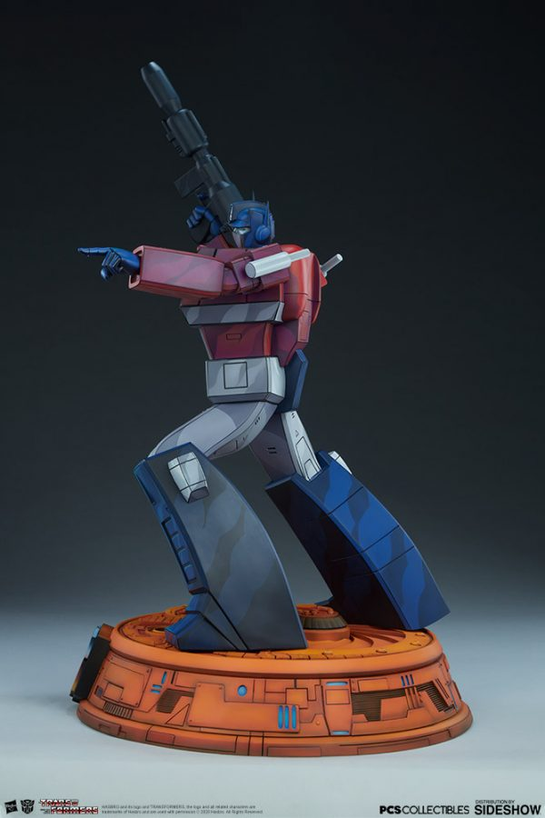 optimus-prime_transformers_gallery_5e41fea6e9137-600x900