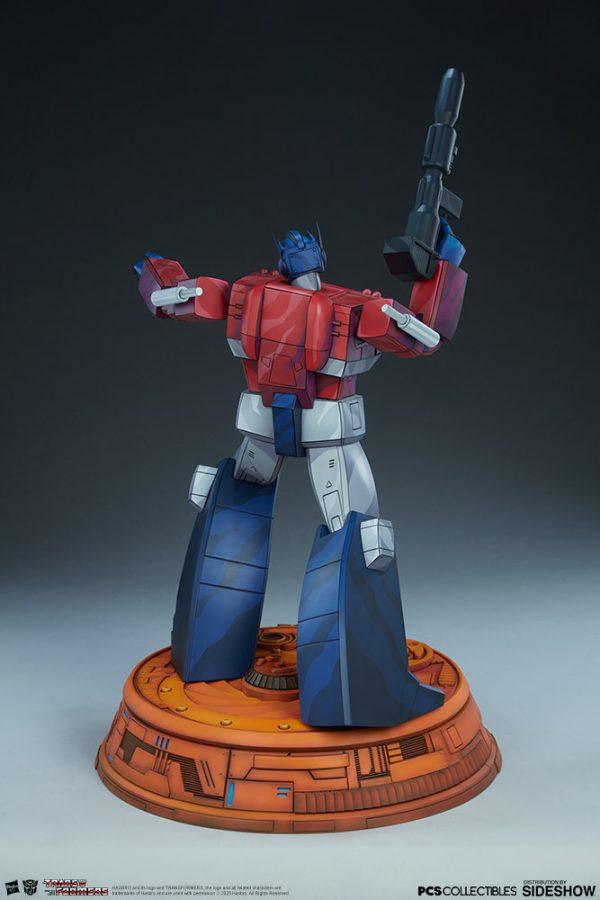 optimus-prime_transformers_gallery_5e41fea794ccc-600x900