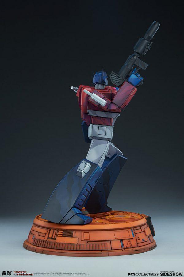 optimus-prime_transformers_gallery_5e41fea8631fa-600x900