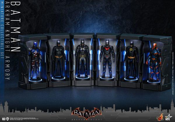 Batman-Arkham-Knight-miniature-armoury-1-600x420