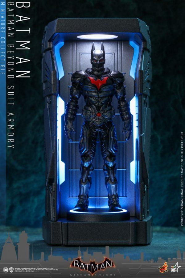 Batman-Arkham-Knight-miniature-armoury-5-600x900