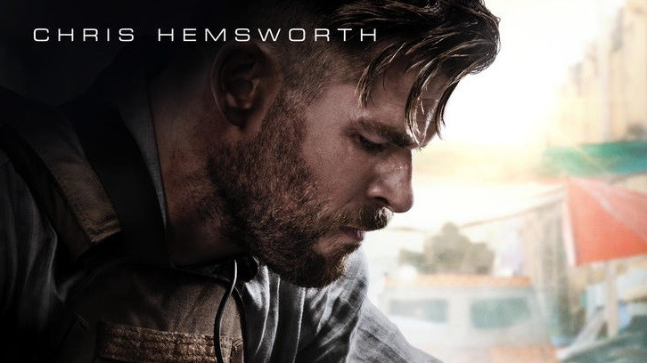 New poster for Extraction starring Chris Hemsworth