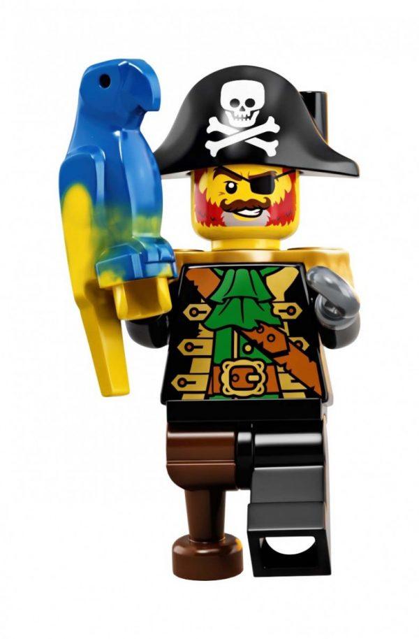 LEGO-Ideas-Pirates-of-Barracuda-Bay-21322-19-600x914